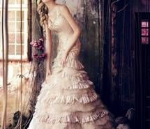 Inspiring image dress, fairytale, fashion, women #460533 - Resolution 630x900px - Find the image to your taste