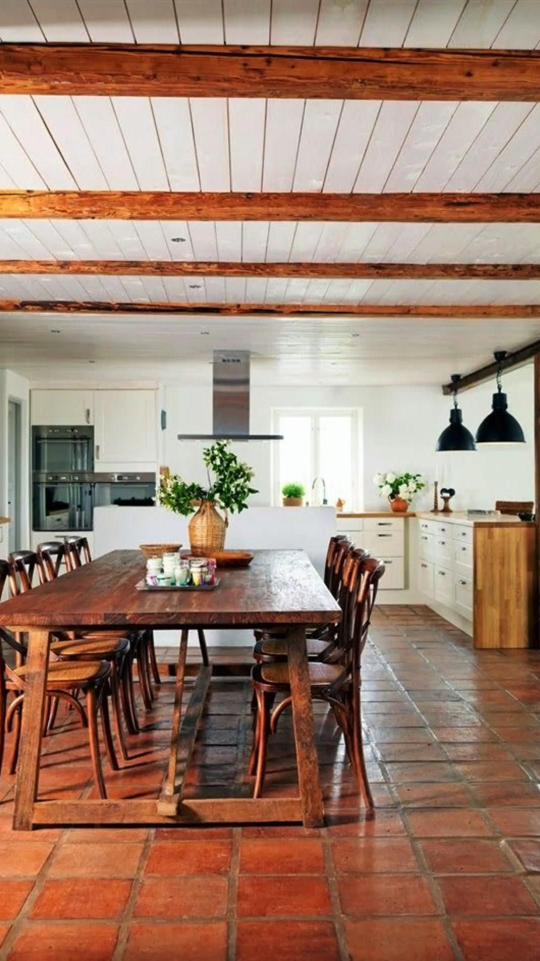 How to Create an Expensive Look for Less in Your Dining Room