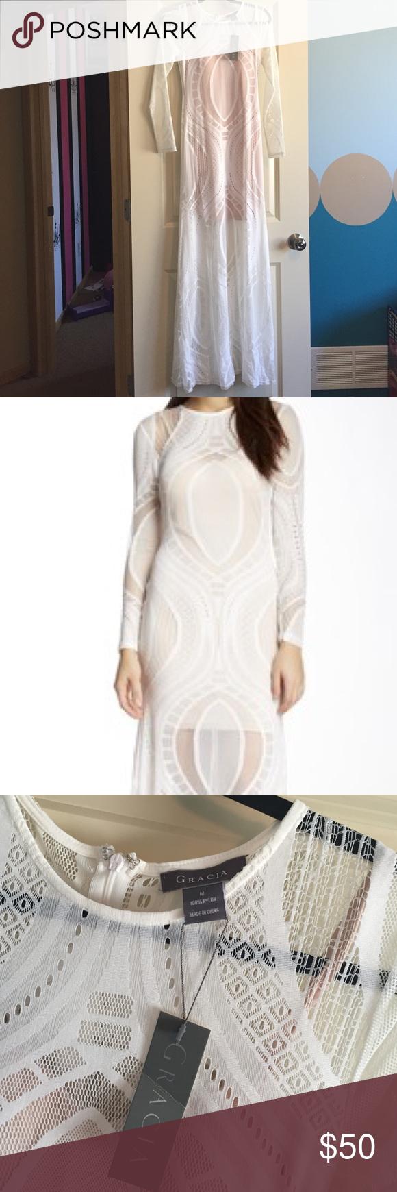Nwt long sleeve maxi dress beautiful detailed design has a nude
