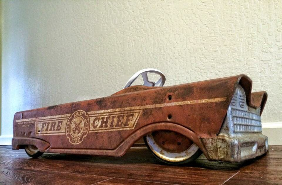 Slammed And Rusty Pedal Car With Images Pedal Cars Vintage