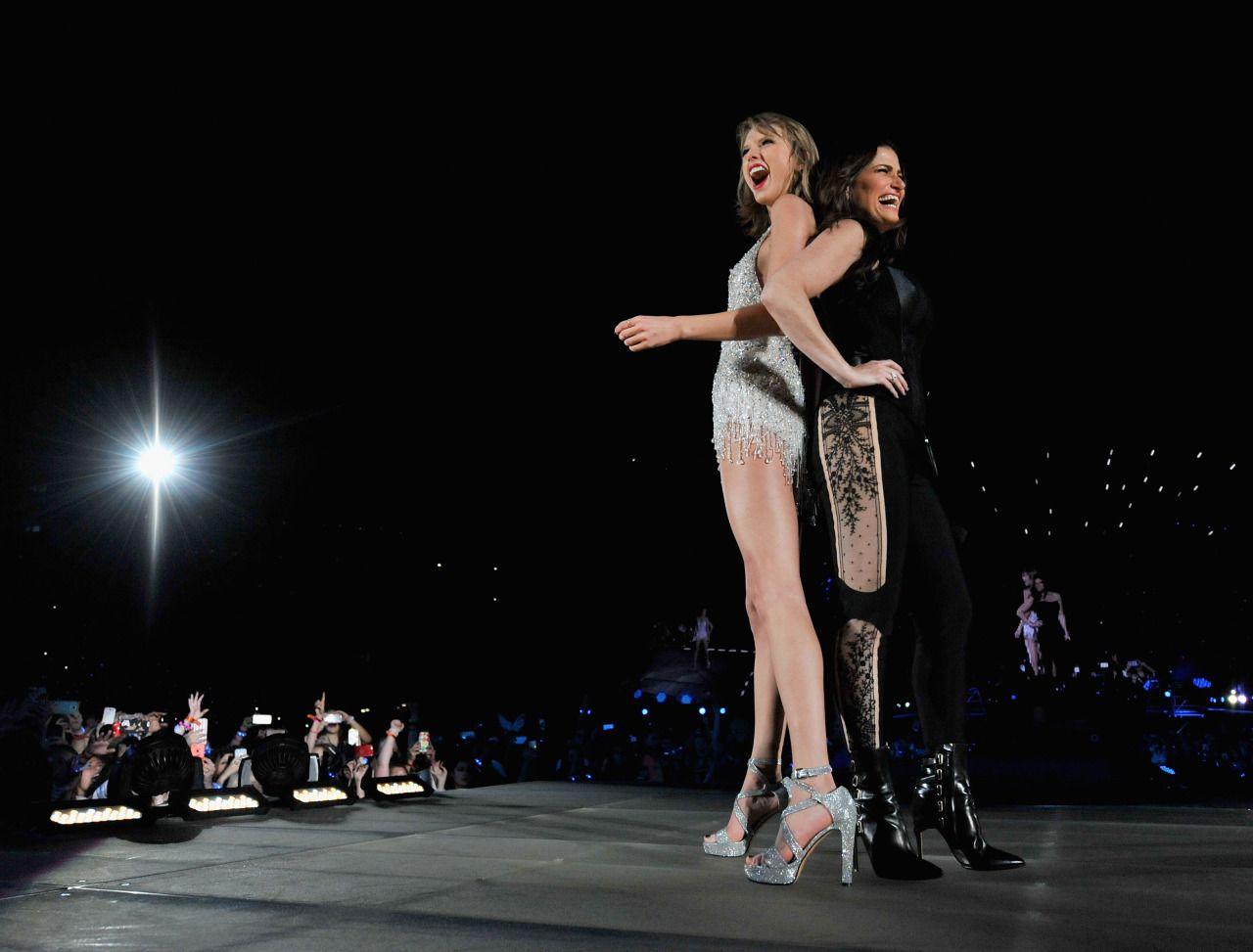 Taylor Swift and Idina Menzel // 1989 Tour Tampa