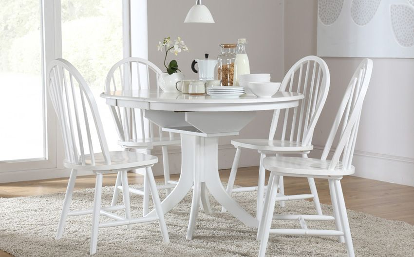 Hudson Round White Extending Dining Table & 4 Windsor Chairs Set ...