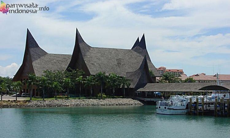Pantai Marina Sebagai Tempat Wisata Di Batam Yang Wajib Di