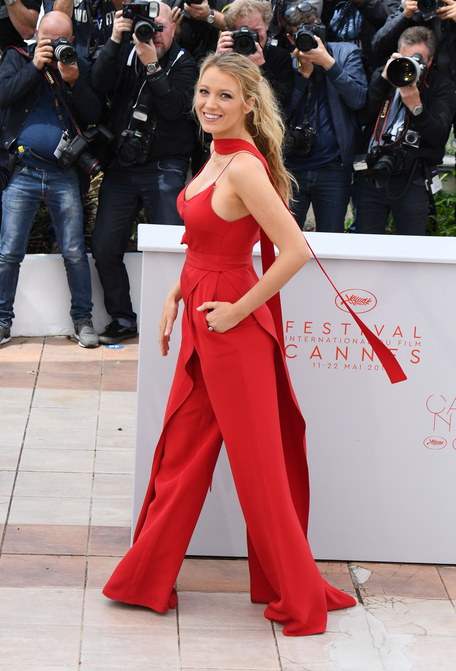 Can You Spot Blake Lively s Baby Bump in Her Red Jumpsuit