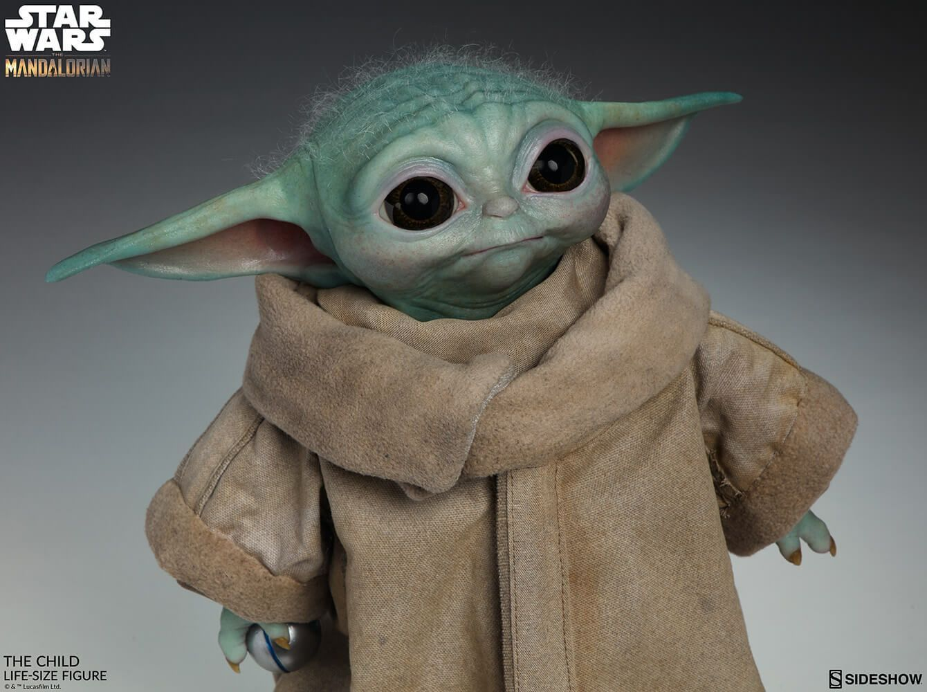 A Life Size Baby Yoda Doll Is Now Available For Pre Order Inside The Magic Sideshow Star Wars Life Size Statues Sideshow Collectibles