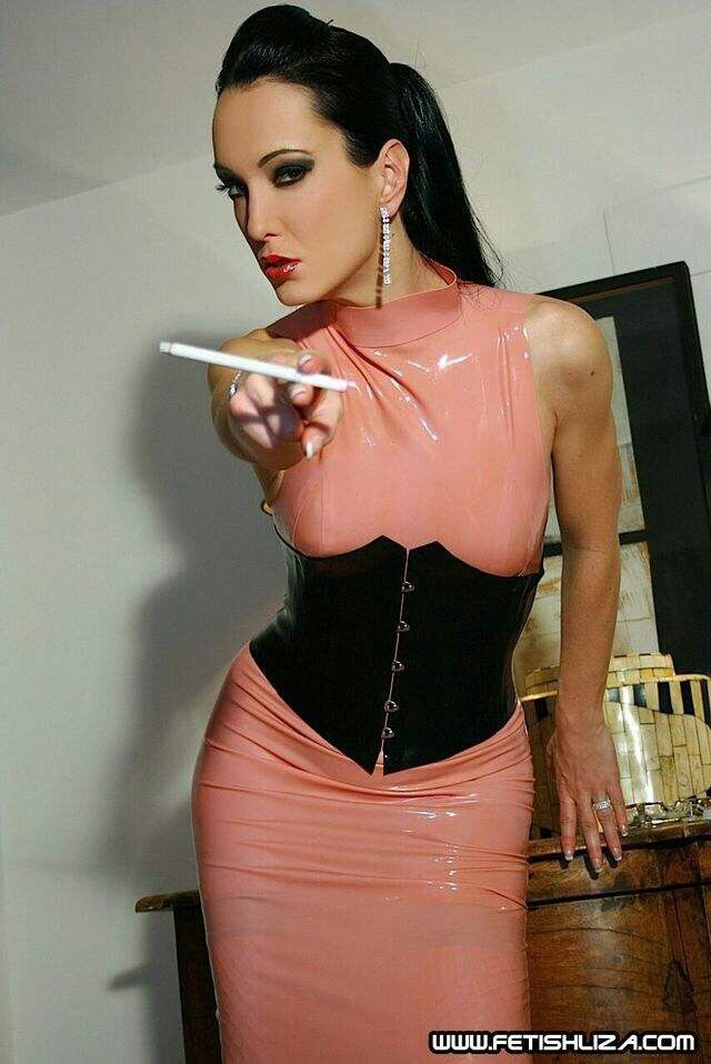 Fetish liza smoking