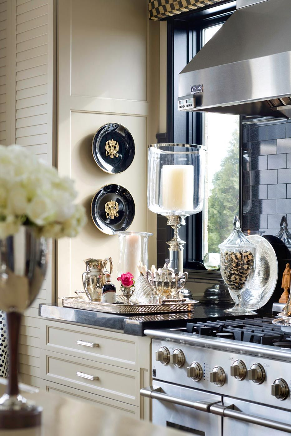 Pretty kitchen vignette + crushing on the silver tray & accessories ...