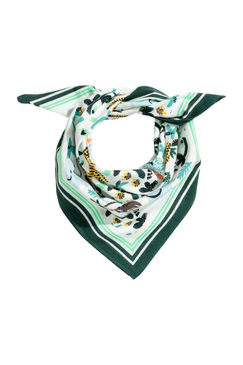 Patterned Scarf Green Kids H M Us Girls Accessories H M Fashion