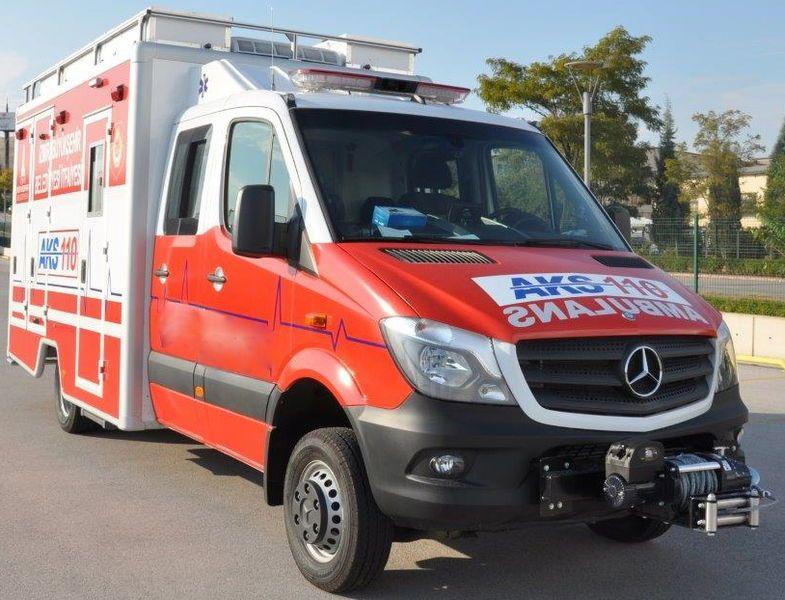 vente des mercedes benz 518 4x4 rescue rtw ambulance more in stock ambulance de l. Black Bedroom Furniture Sets. Home Design Ideas