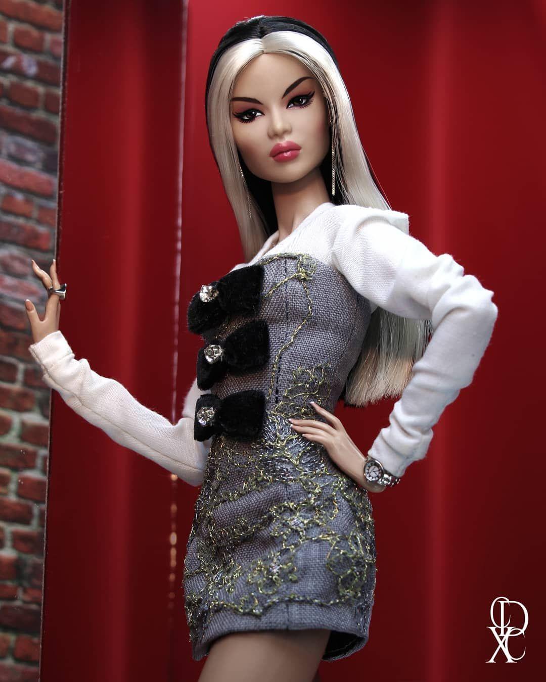 180 Me Gusta 19 Comentarios Xavier Cordova Couturedollbyxaviercordova En Instagram K Pop Idol Ayumi Nakamura Barbie Fashion Dress Up Dolls Fashion