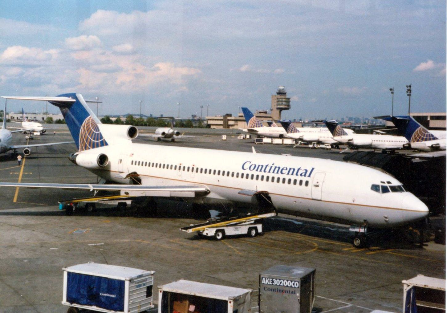 Continental Boeing 727200 at EWR Continental airlines