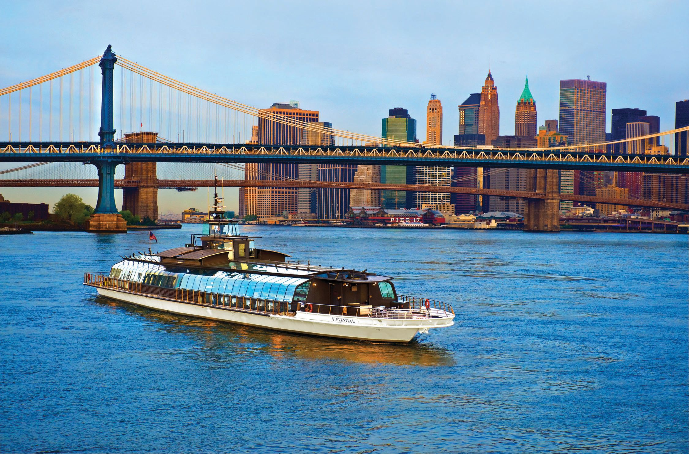 Bateaux New York Dinner Cruise New York City