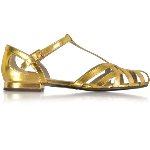 Marc Jacobs Woven Laminated Leather Sandal (9.180 ARS) ❤ liked on Polyvore featuring shoes, sandals, chunky shoes, metallic shoes, round cap, marc jacobs sandals and woven leather shoes