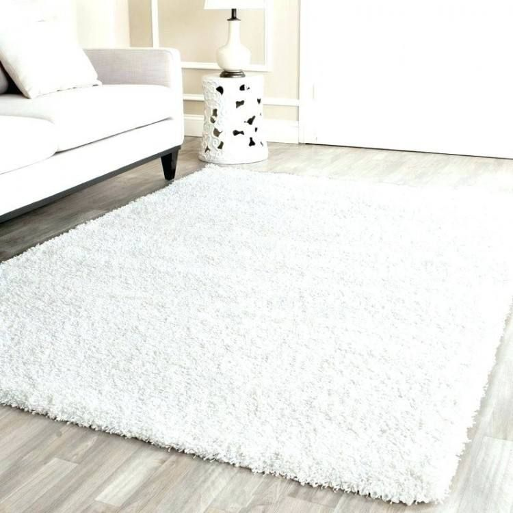 White Plush Bedroom Rug In 2020 Bedroom Rug Rugs White Rug