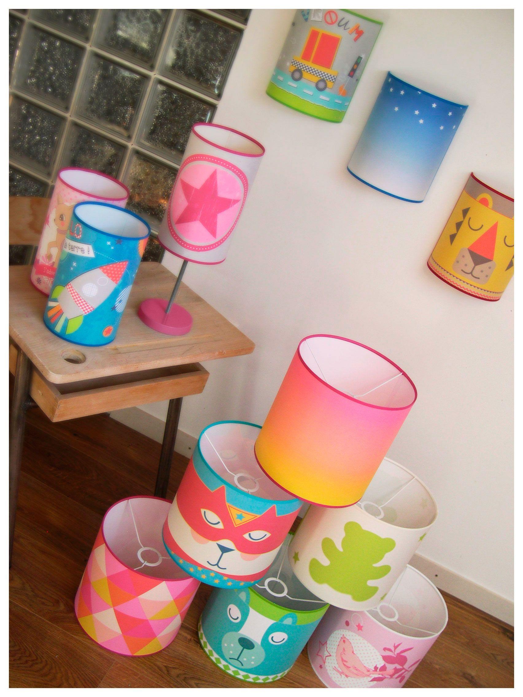 Collection de luminaires créatifs colorés et personnalisables
