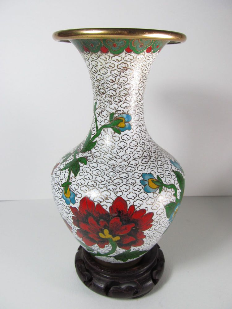 Vintage Chinese Cloisonne Vase With Lovely Flowers In Multi Colors