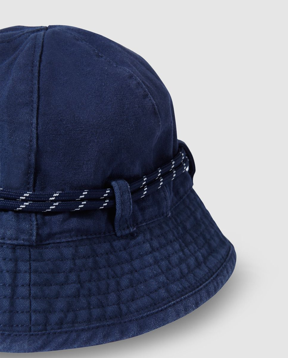 Gorro de niño Bass 10 con cordón azul marino  ccc83b1505d
