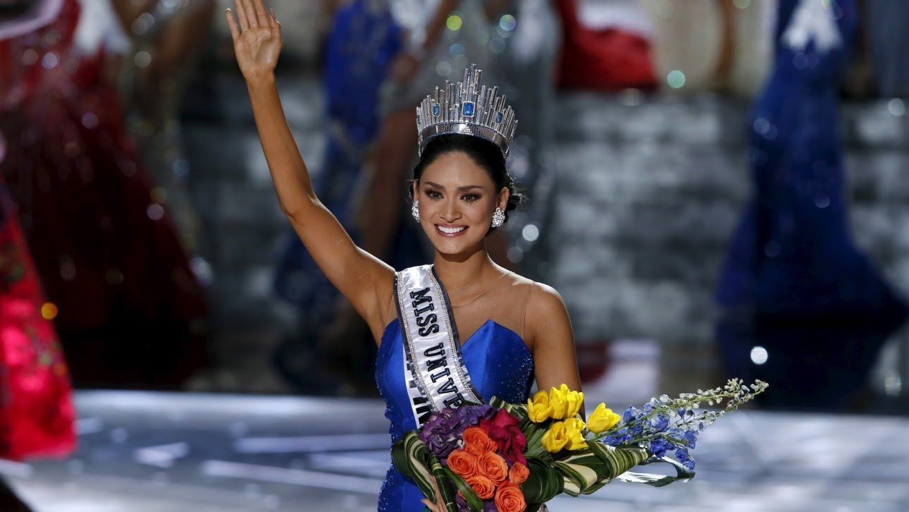 ♣ Miss Universe 2008 - 2015 Crowning Moment