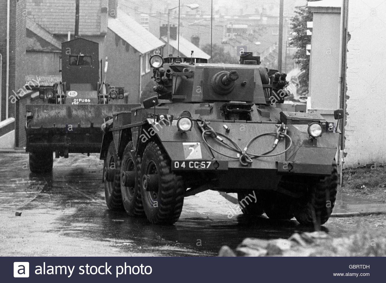 806b274060 Northern Ireland - The Troubles - Operation Motorman - Londonderry Stock  Photo