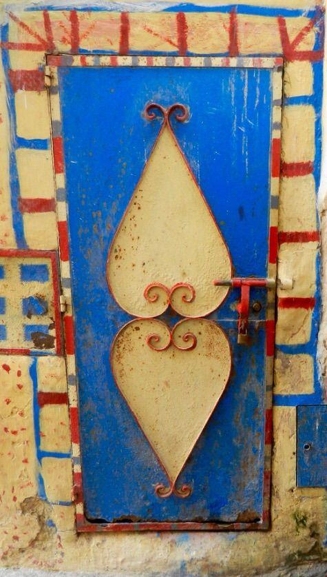 Essaouira, Morocco - ALANGOO Beautiful Doors