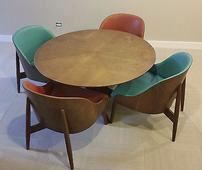 Kodawood Vintage Mid Century Modern Game Table + (4) Matching Chairs Great Pictures