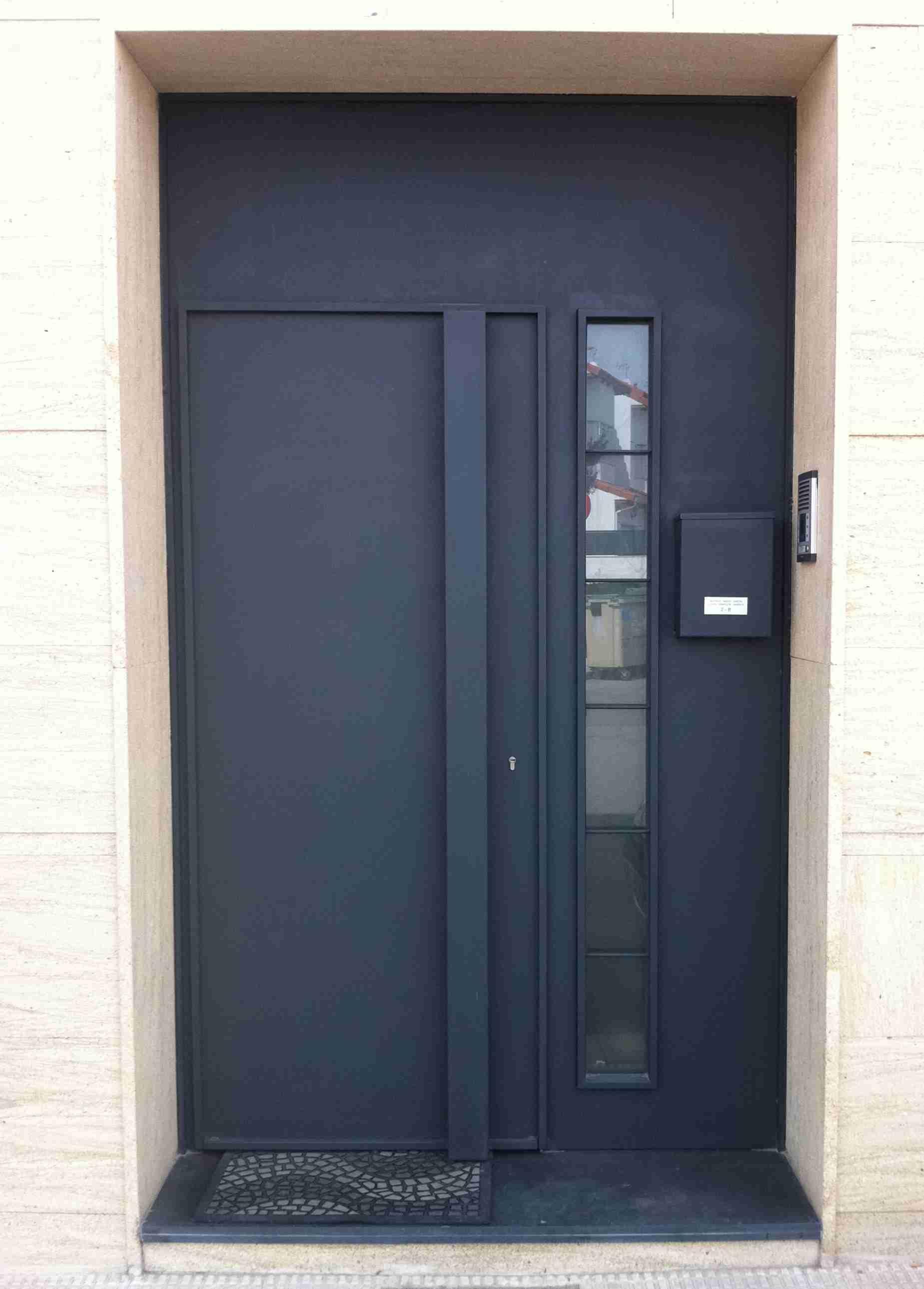 Modelo de puerta de hierro sencilla pesquisa google for Puertas en aluminio modernas