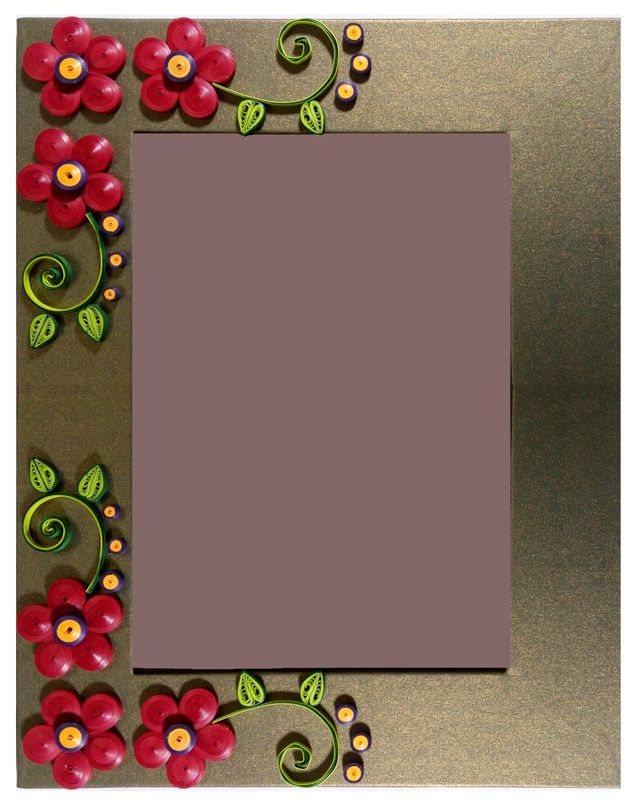 Handmade Quilling Photo Frame Designed With Frame Size 25 Cm X 20 Cmphoto Size 17 5 Cm X 12 5 Cm Quilling Photo Frames Frame Paper Crafts