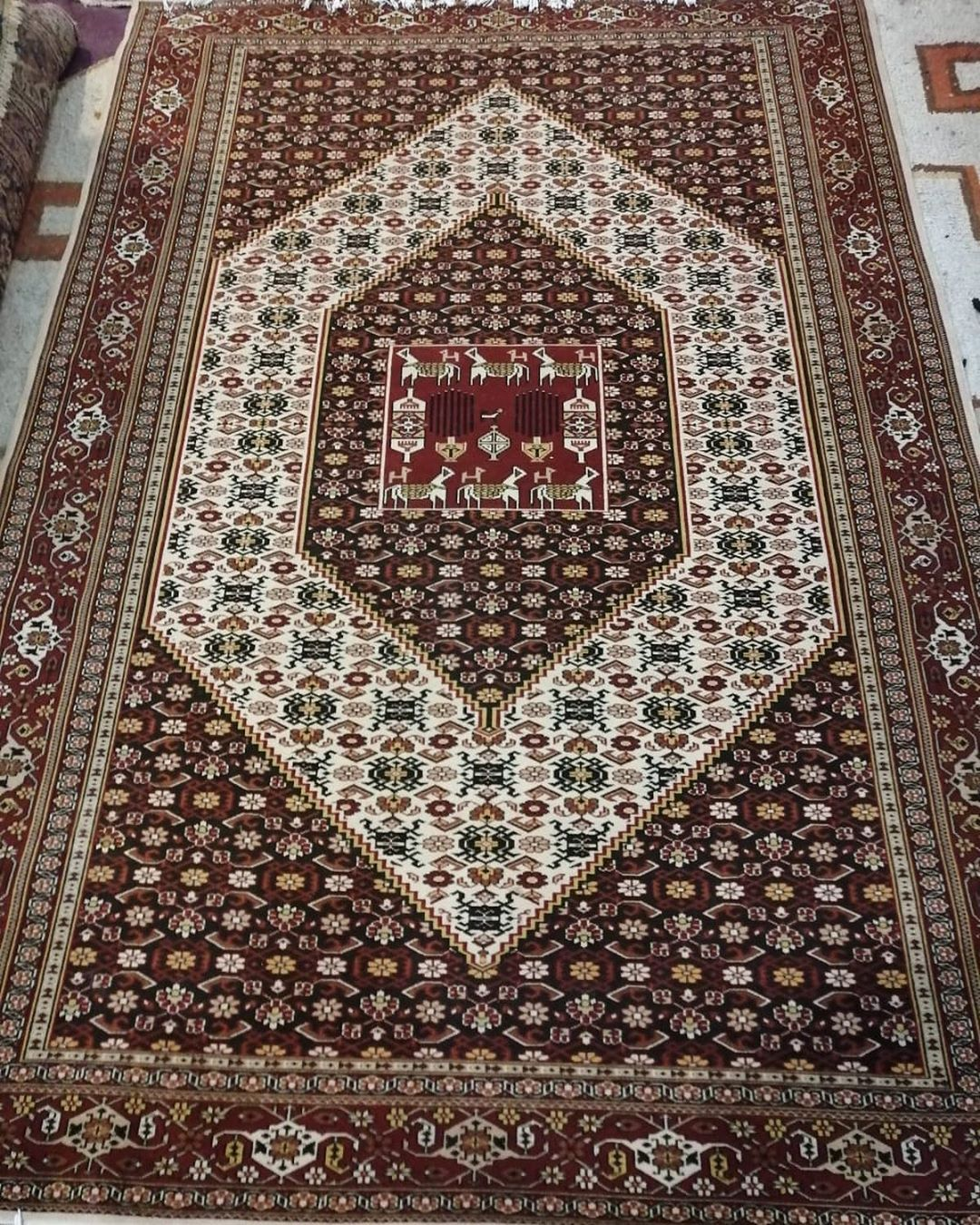 Originality And Classy Designs Are Here For You Hand Made Carpet From Pakistan High Knotted Natural Dyes Size 6 4 Dm For Pr Viscose Rug Rugs On Carpet Rugs