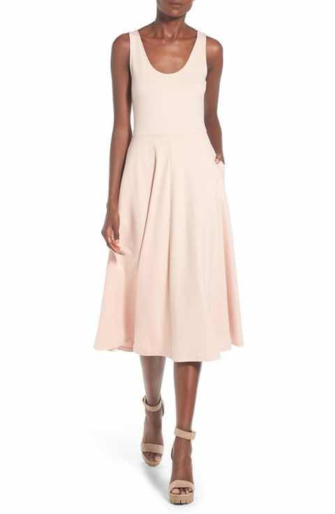 cdeef5eb5 Free shipping on new women's clothing at Nordstrom.com. Shop the latest  women's styles from your favorite brands. Free shipping and returns every  day.