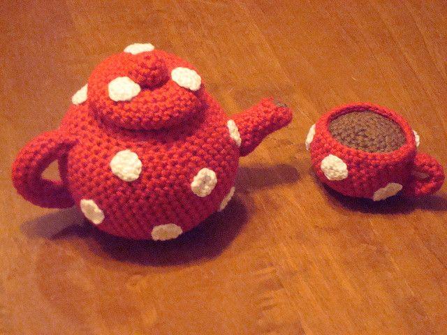Amigurumi Crochet Teapot Pattern : Amigurumi teapot and cup Amigurumi and Wonderful time