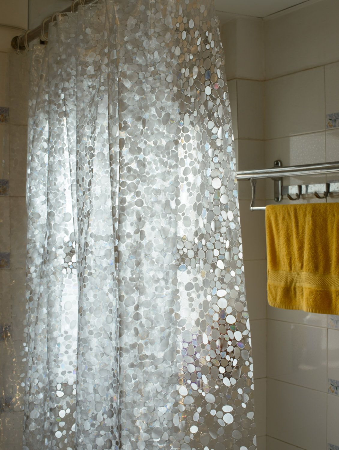Artwork of Awesome Clear Shower Curtain With Design Bathroom