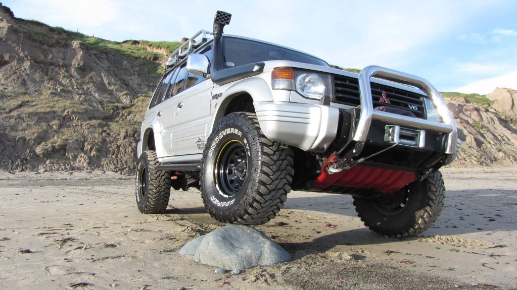 The Mitsubishi Pajero Owners Club® :: View topic - 33 inch tyres on