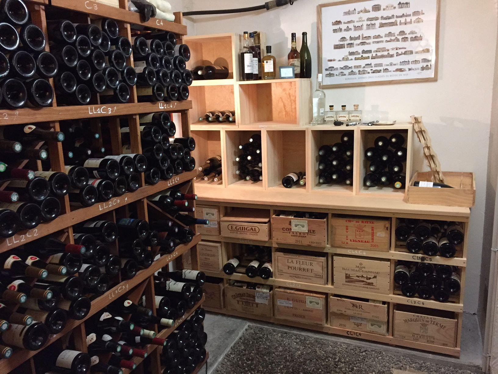 Casiers pour bouteilles casier vin cave vin rangement du vin am nagement cave casier bois - Casier a bouteille metallique ...