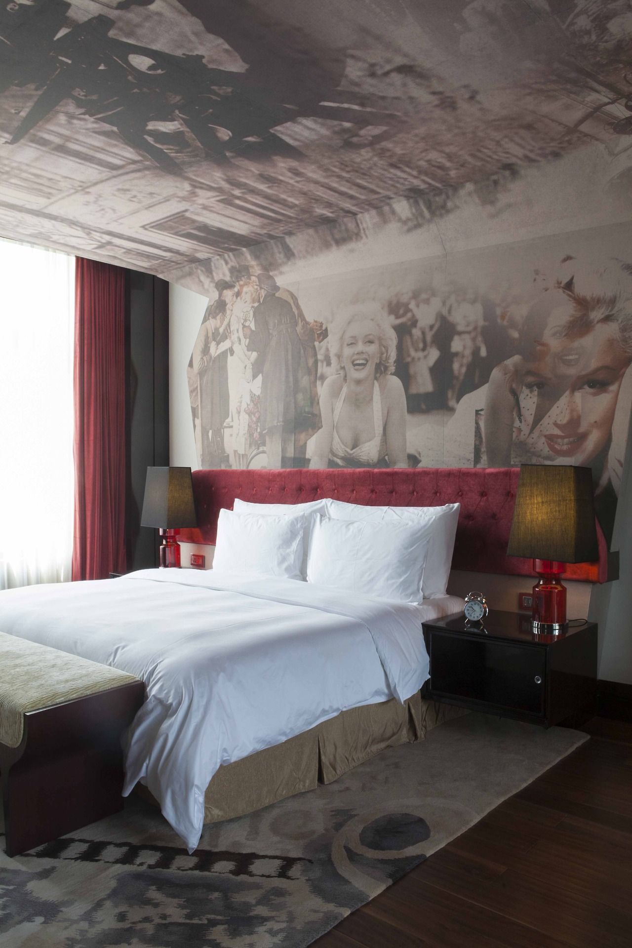 Old Hollywood themed room at Hotel Indigo,Tianjin.