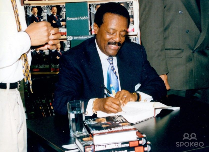 Johnnie Cochran Photo Galleries Barnes and noble