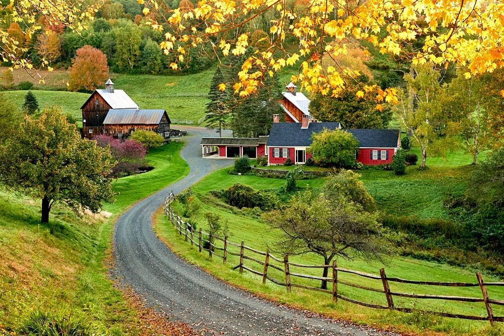 It S Not A Road Trip Through Vermont Without A Stop For Photos Of Sleepy Hollow Farm Click The Link Fall