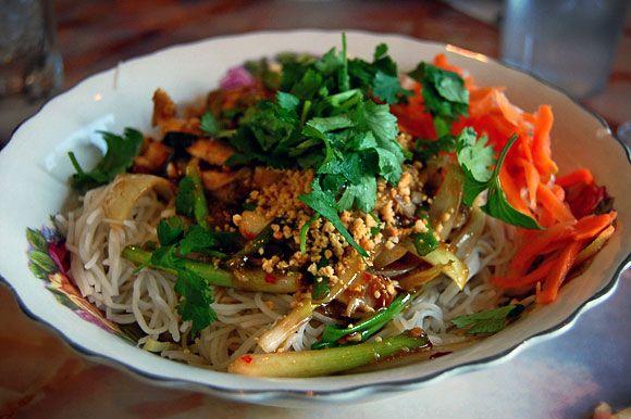 Vietnamese bun