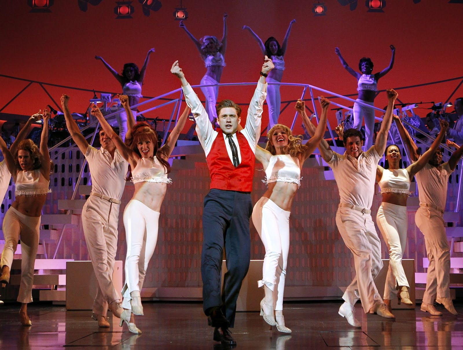 Aaron Tveit - Catch Me If You Can