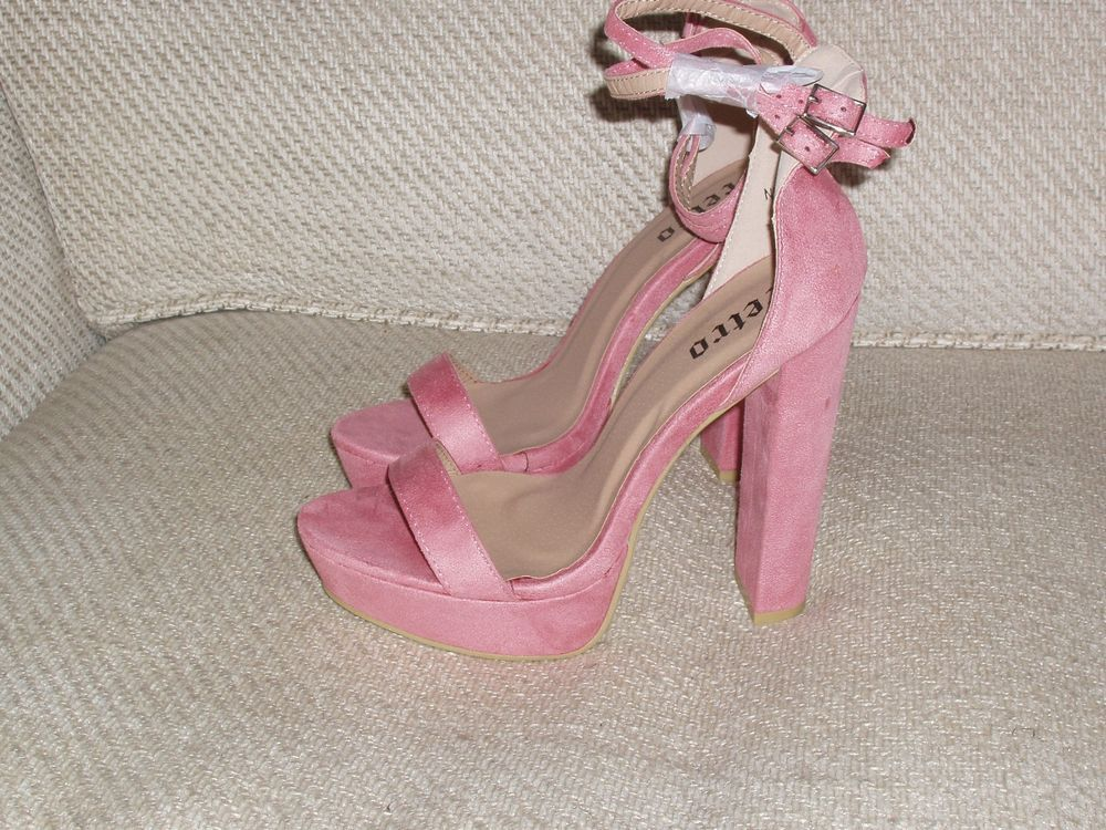 047c4286124 Strap Sandals · PINK SUEDE STRAPPY SANDALS BY RETRO 5 VERY HIGH HEEL BNWOB   RETRO  STRAPPYSANDAL