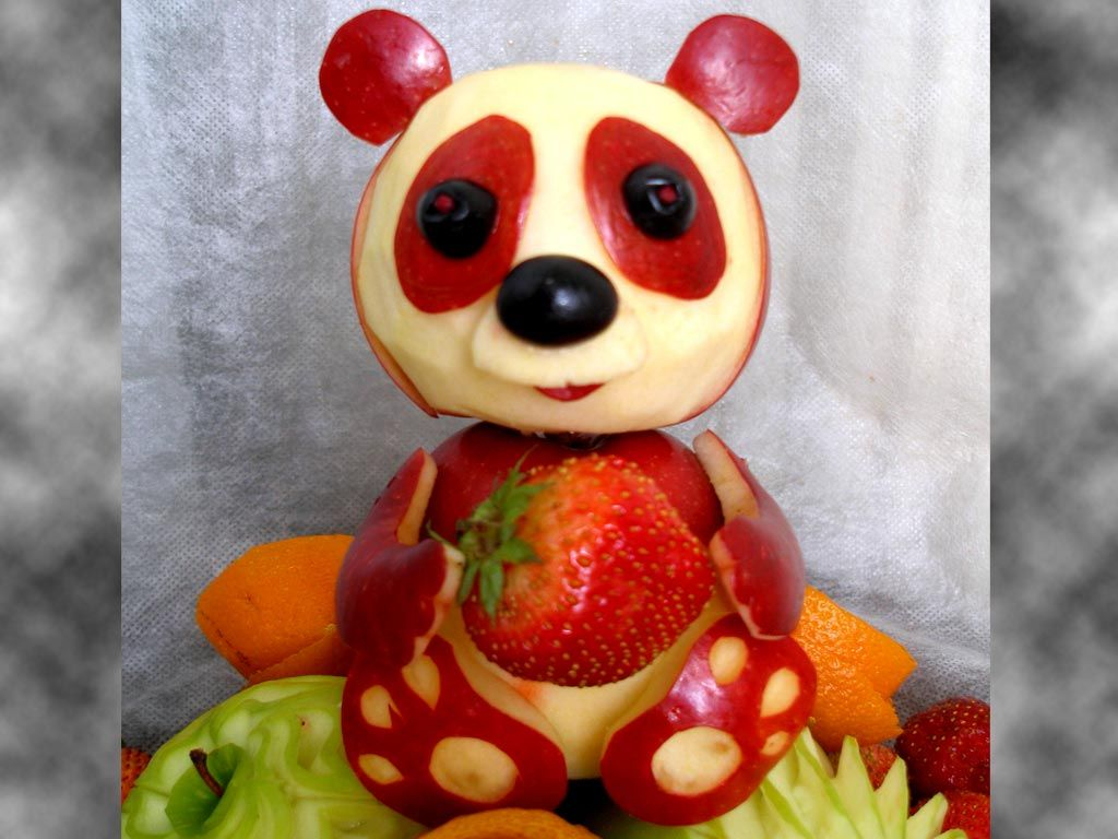 Panda apple fruit carving art pictures
