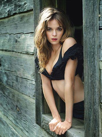 Kristen stewart ashley greene nude