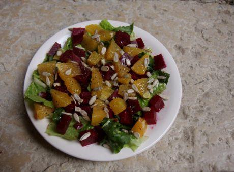 Salada beterraba e laranja (usar limão no lugar do aceto balsâmico)