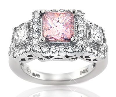 Pink Diamond Rings are considered as the right gift that you can