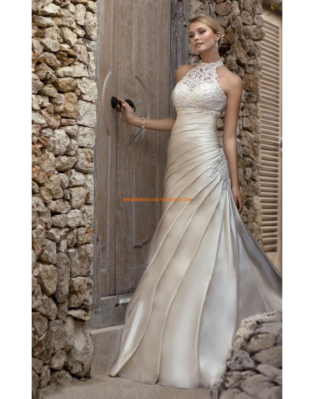 Robe de mariée satin drapé avec un col détachable tulle application