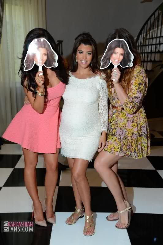 Kourtney Kardashianu0027s Baby Shower + Pics!