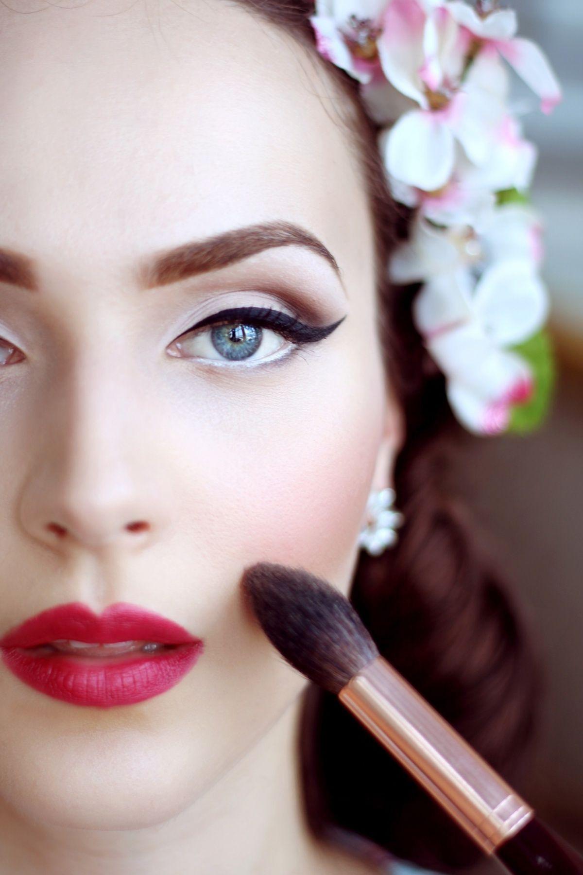 Idda van Munster Vintage makeup looks, Vintage makeup