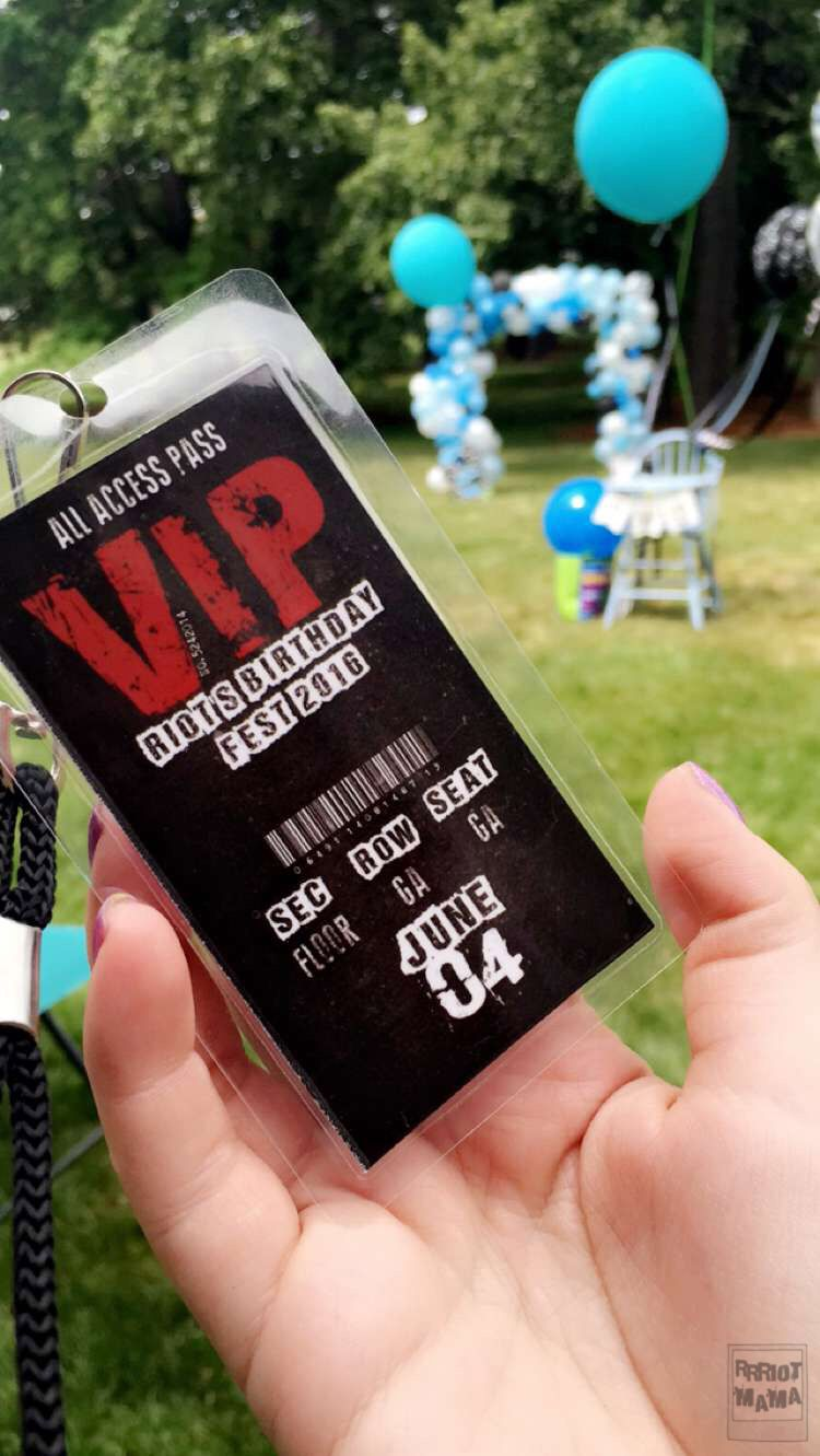 DIY Toddler birthday - Rock n' roll VIP passes - All access