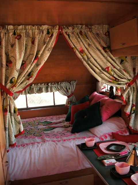 Like Privacy Curtain Over The Bed Area Bed Curtains Vintage Campers Trailers Camper Interior