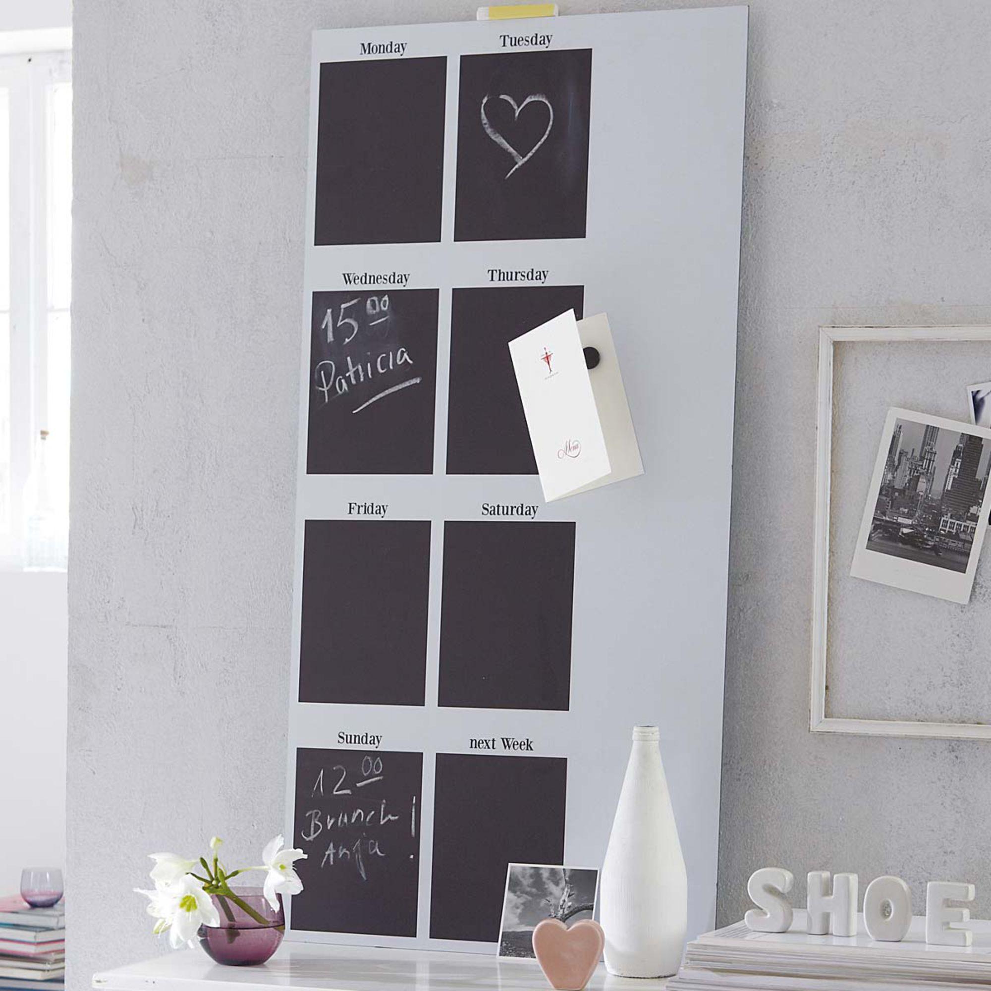 wochenplaner mit beschreibbarer wei er magnetfolie kreide und magnete inklusive impressionen. Black Bedroom Furniture Sets. Home Design Ideas