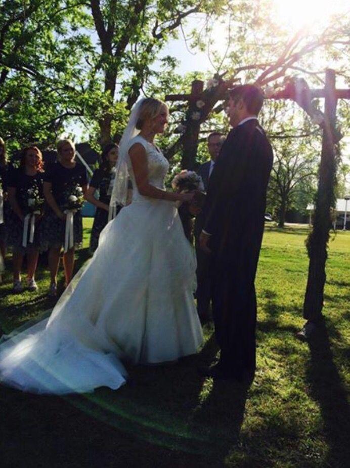 Gorgeous wedding. Gorgeous couple.